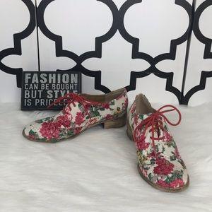 Shoe Dazzle Floral Shoes